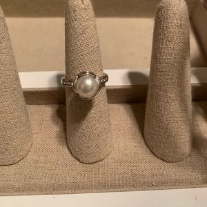Brighton pearl ring with crystals